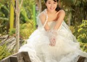 Outdoor Bridal Photoshoot @ Garden By Bay (Model: Jasmine)
