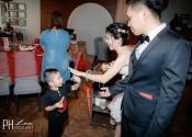 Ben & Winly Actual Day Wedding hi-five with kid Photography @ Spring Court Restaurant 05